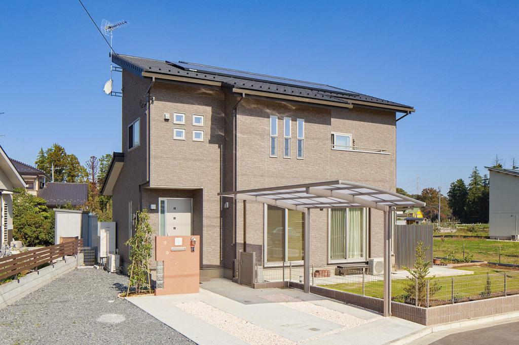 【滑川市 O様邸】明るいブラウンはナチュラルモダン、元気な笑い声が聞こえる家。