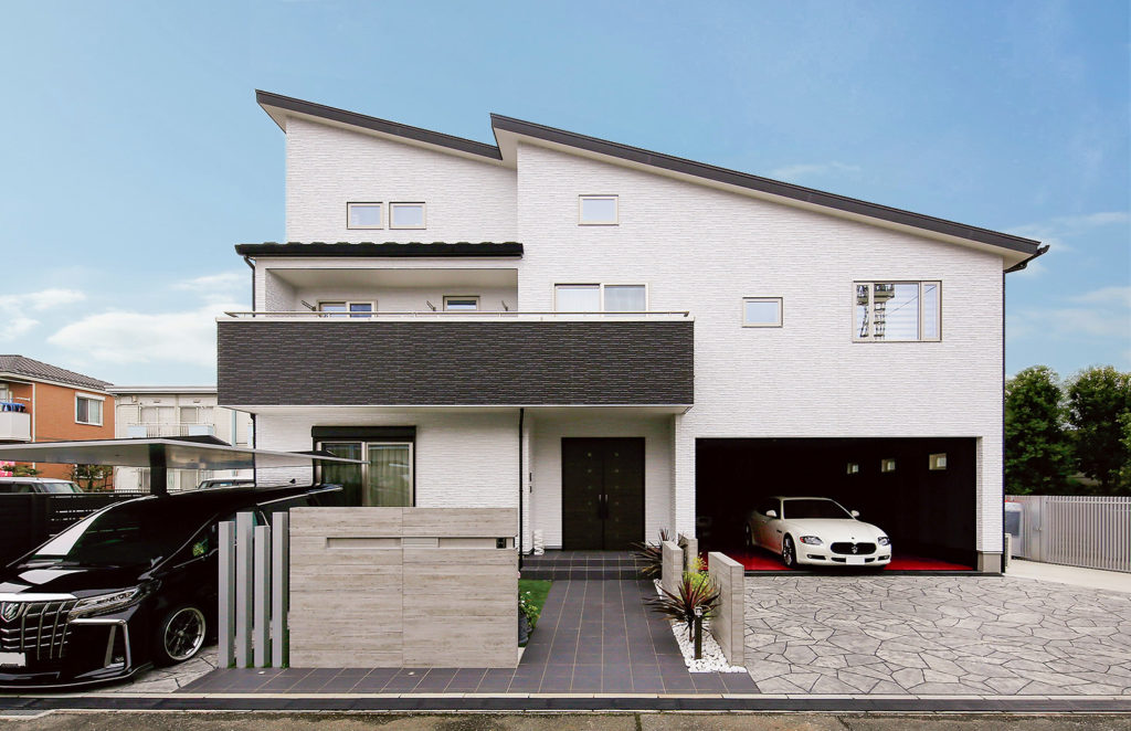【T様邸 川越市】信頼の強度でガレージと大空間を実現した家