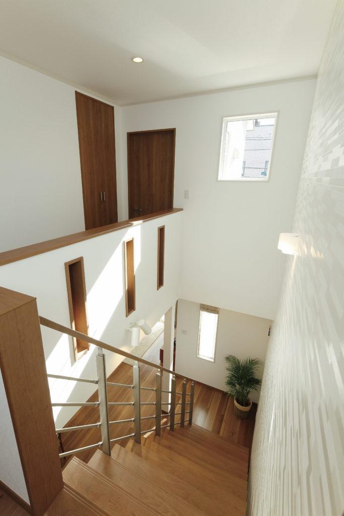 【狭山市 K様邸】落ち着いた外観、明るく広々としたリビング空間の家。