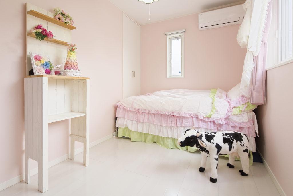 【戸田市 K様邸】白一色のノーブルな外観、南国リゾート風の空間を持つこだわりの家。