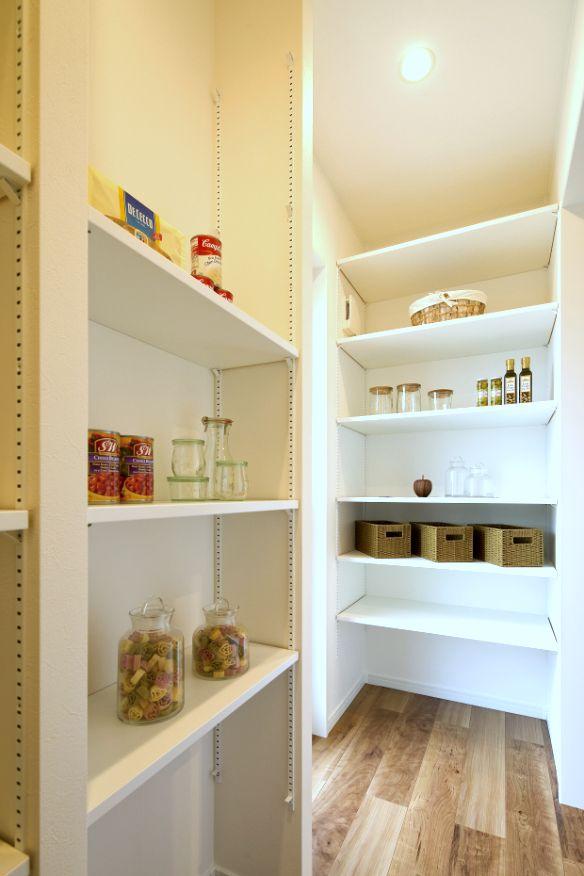 パントリー pantry