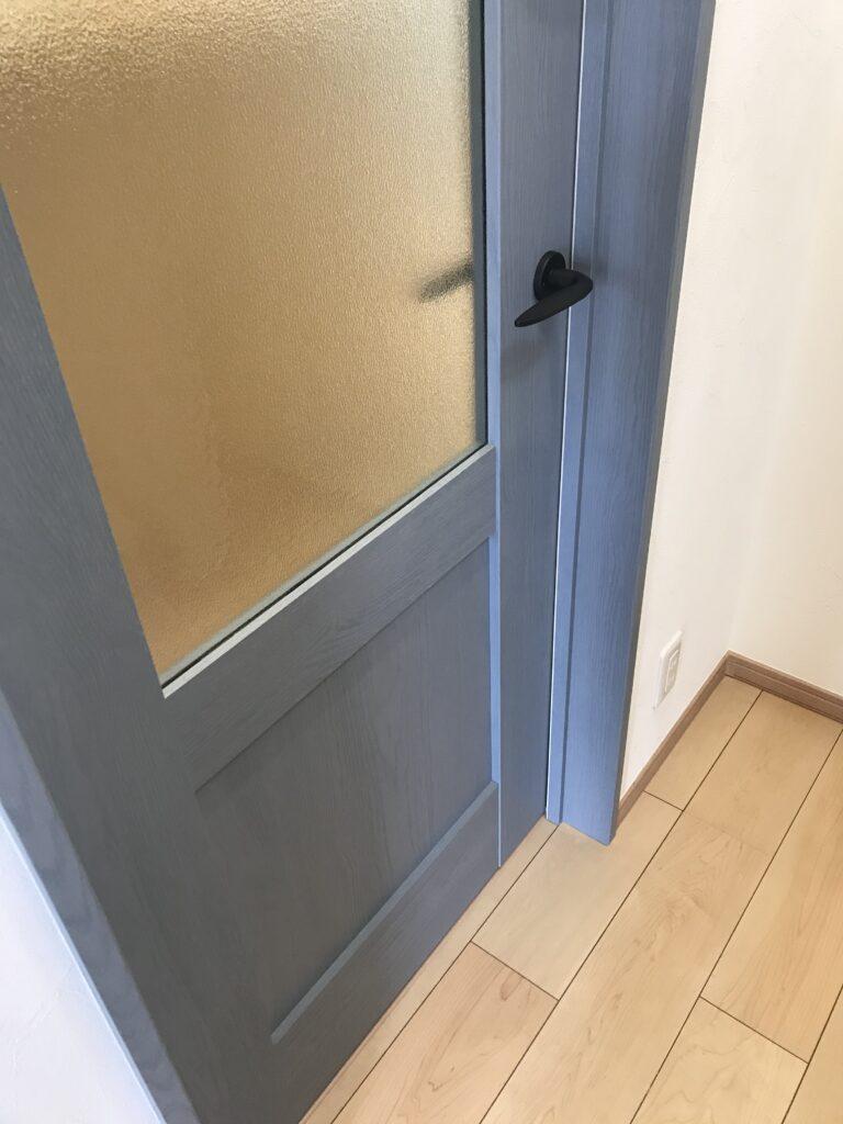 ドア door