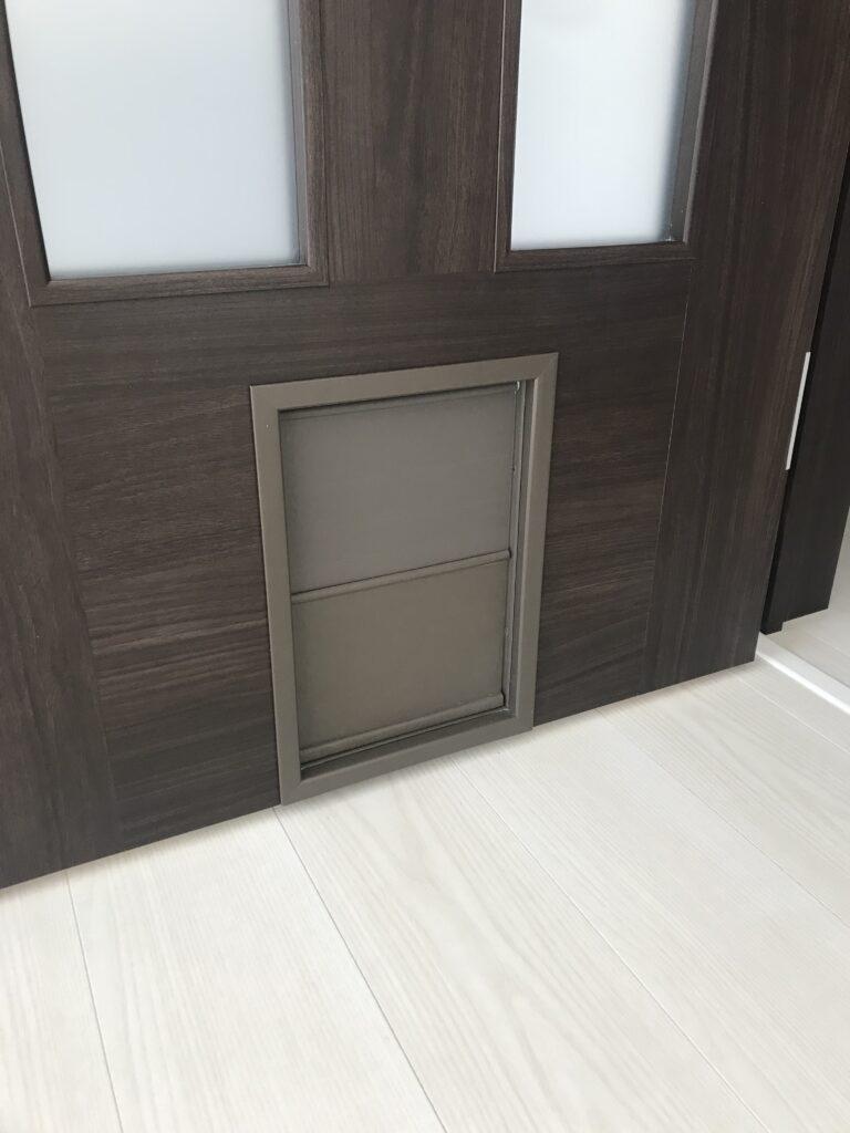 ペットドア Pet door
